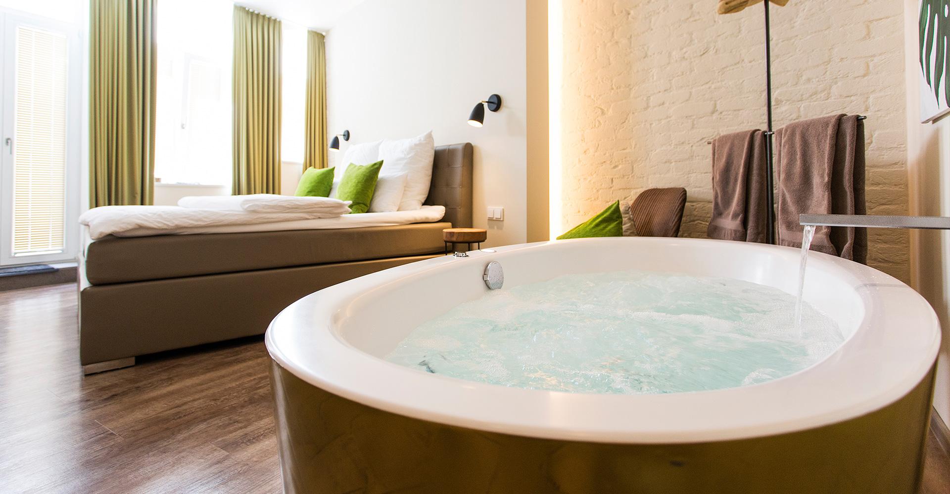 Whirlpoolzimmer In Den Minihotels Von 1st Floor Koln