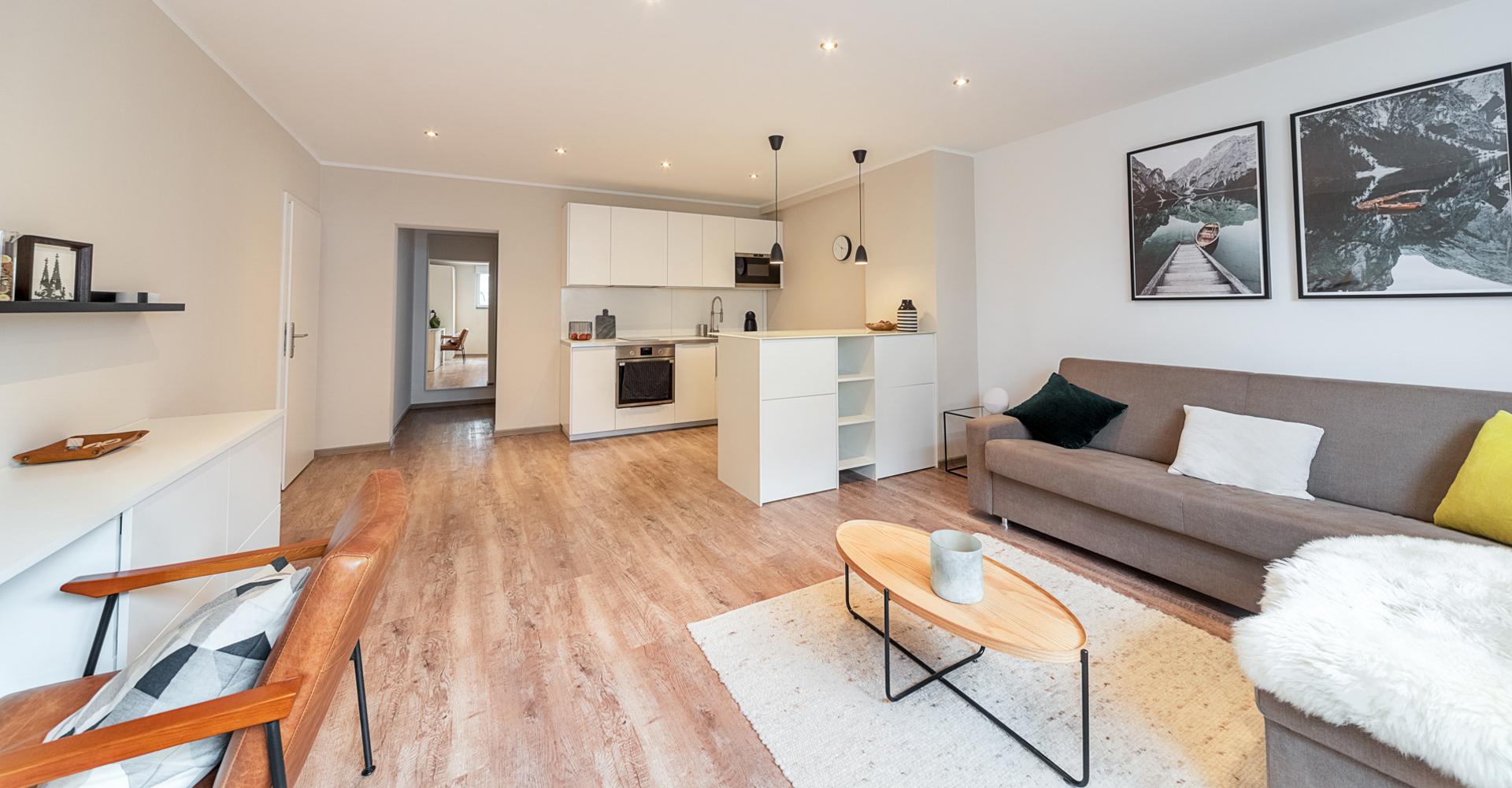 1st-Floor-Koeln-Apartments-Lindenthal_Header_UG